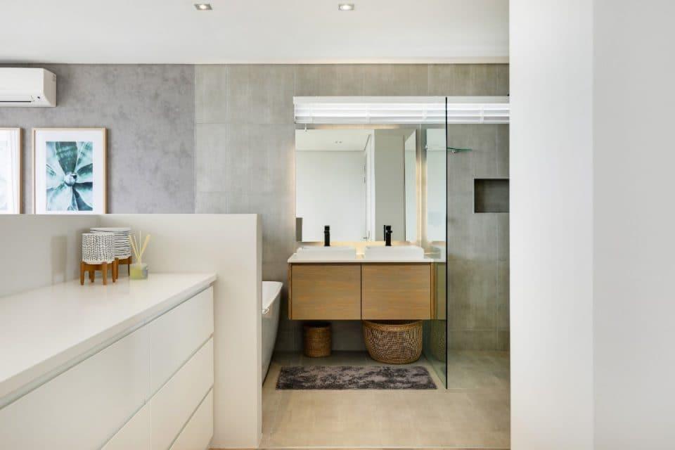penthouse-on-b-129087514