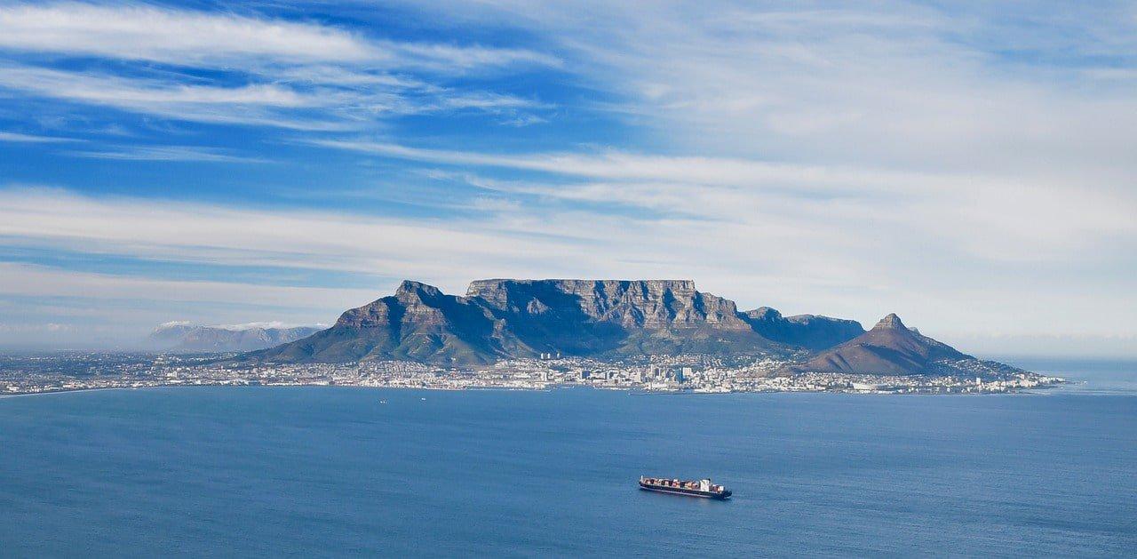 Cape Town Table Mountain Atlantic Ocean