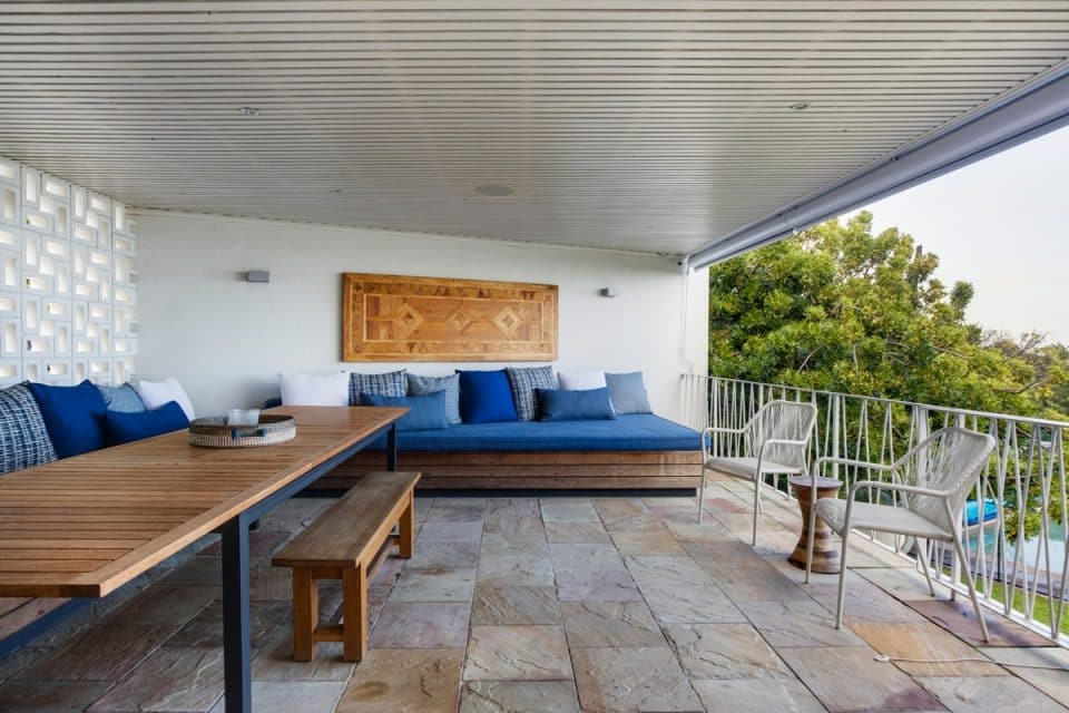 Eames Villa - Deck with seating