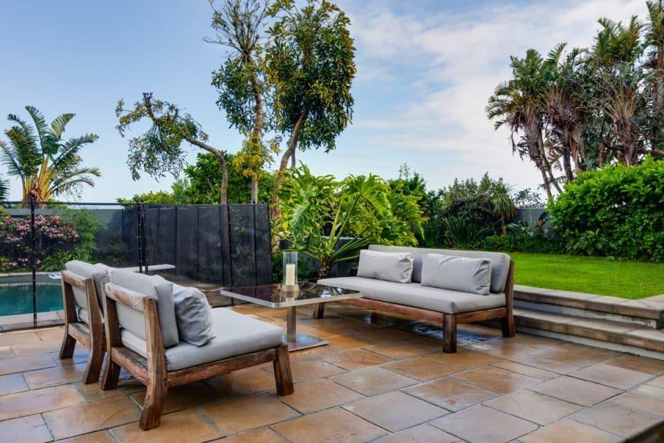 Eames Villa - Outdoor lounge furniture