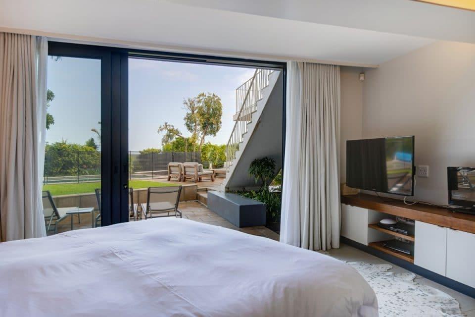 Eames Villa - Fifth bedroom