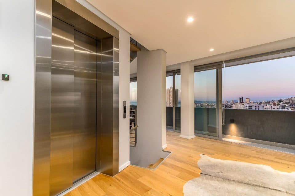 66-on-k-luxurious-penthouse-apartment-158547905