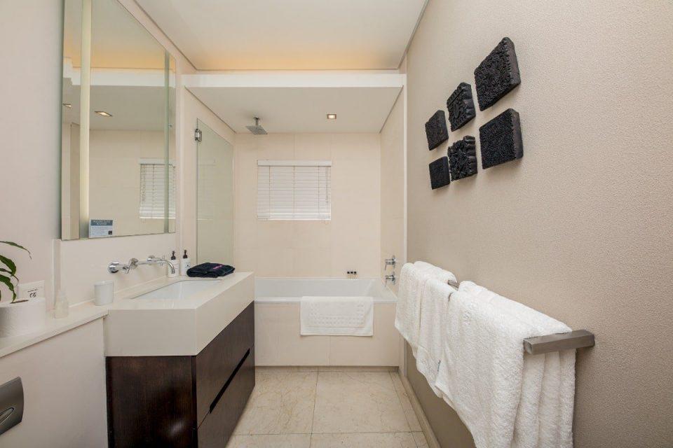 Echelon - Dedicated bathroom