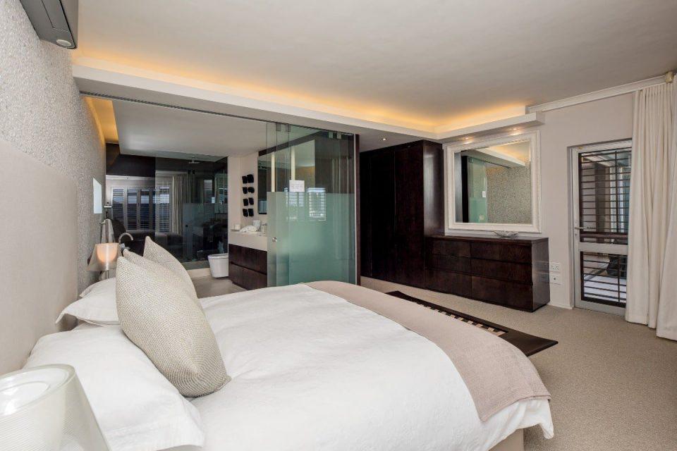 Echelon - main bedroom