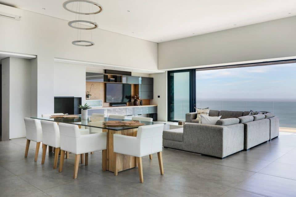 Halo Villa - Living & Dining