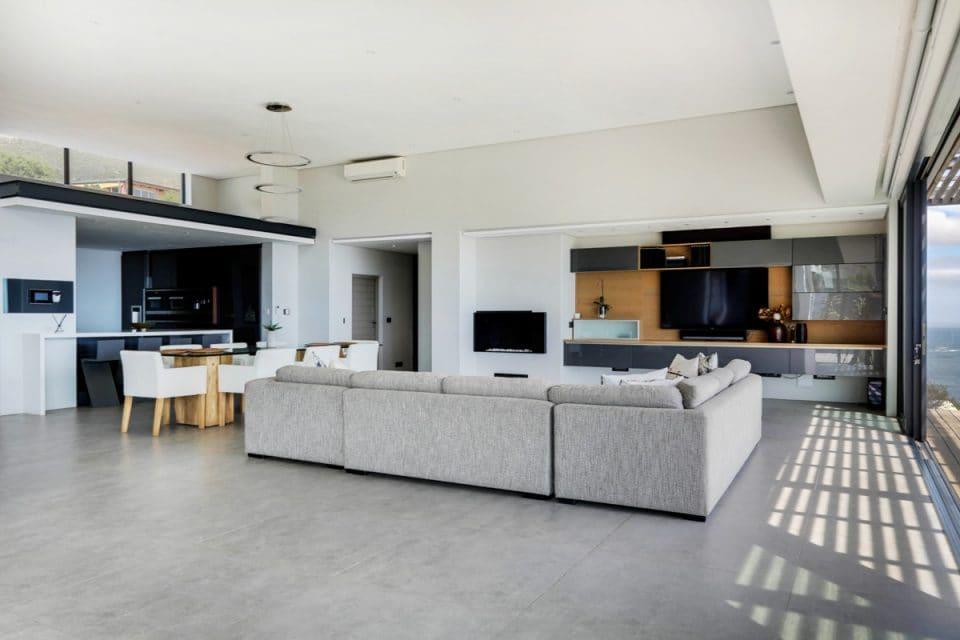 Halo Villa - Living area