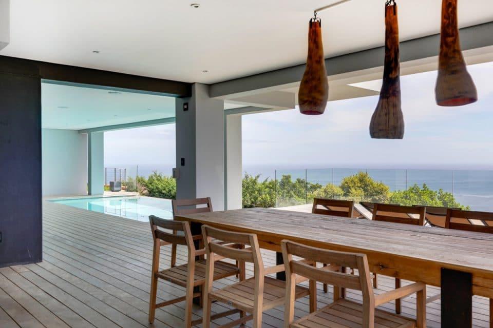 Halo Villa - Outdoor dining