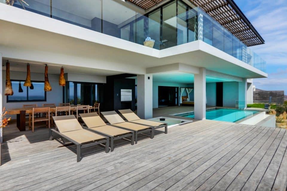 Halo Villa - Exterior