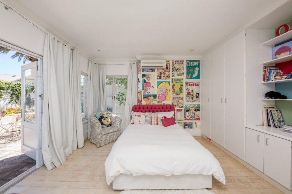 Ave Des Huguenots - Third bedroom