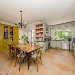 Ave Des Huguenots - Kitchen