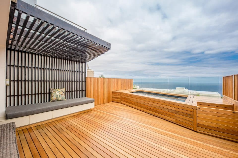 Malibu - Pool deck