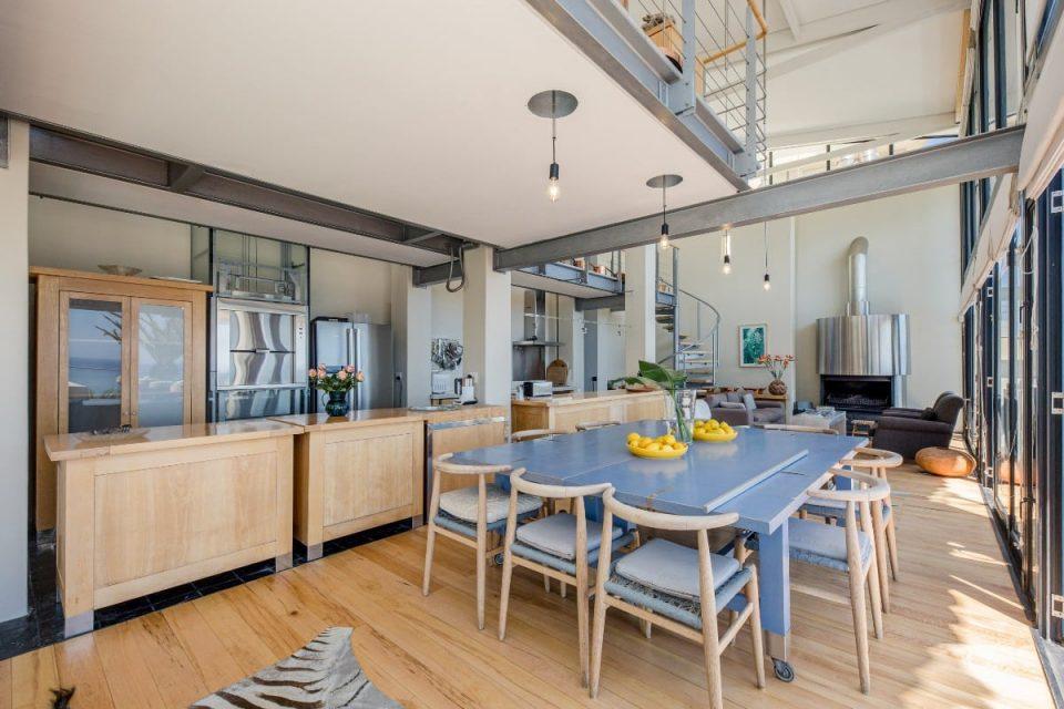 Seventy Eight - Dining area