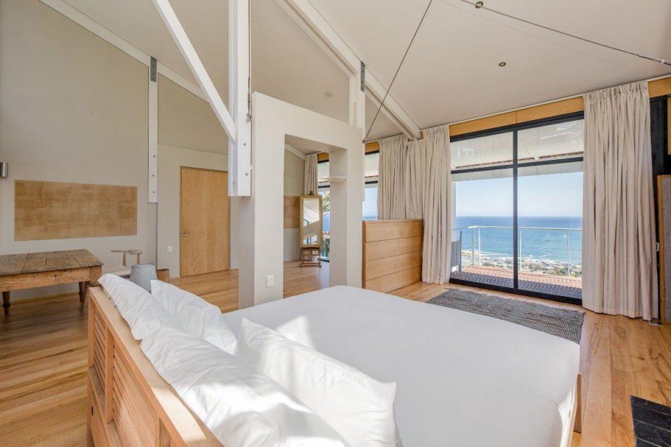 Seventy Eight - Spacious bedroom