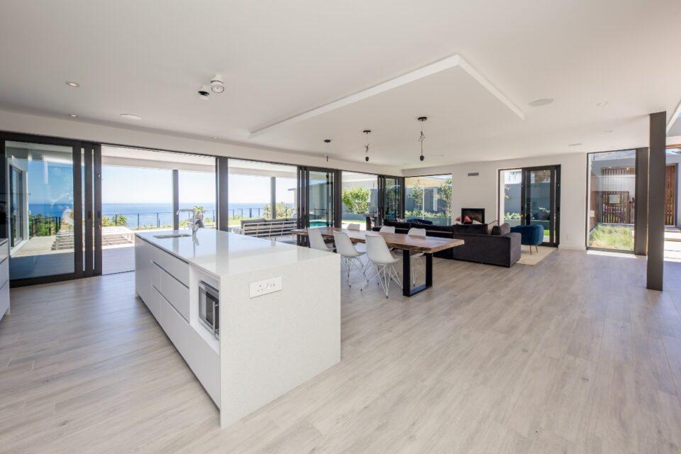 8 Fiskaal - Kitchen & dining