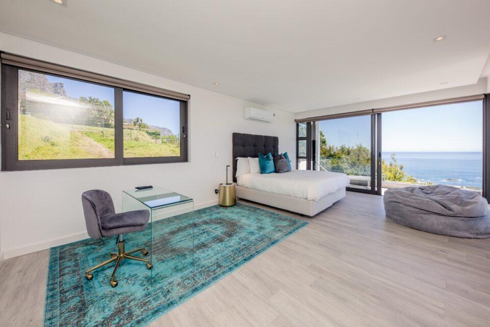 8 Fiskaal - Master bedroom