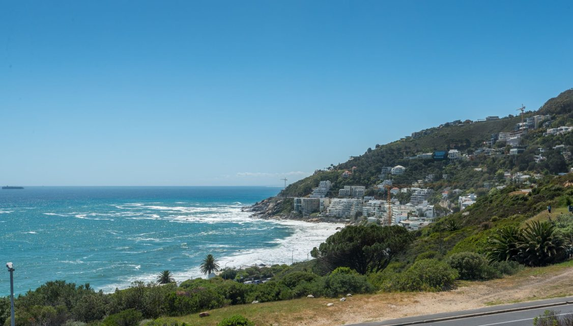 9 On Nautica - Views of Clifton