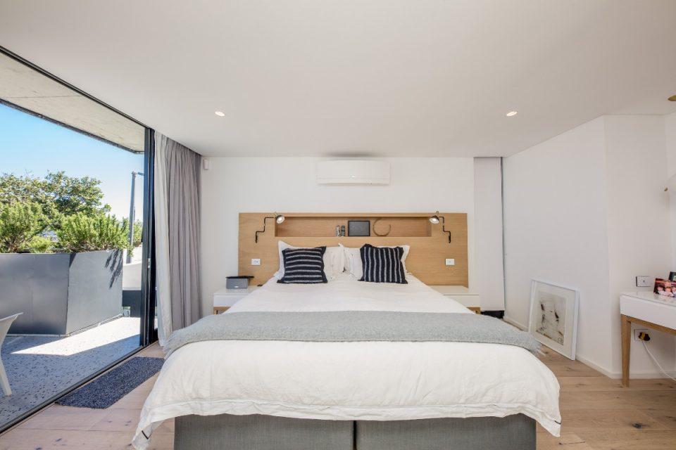 Bakoven Hideaway - Main bedroom