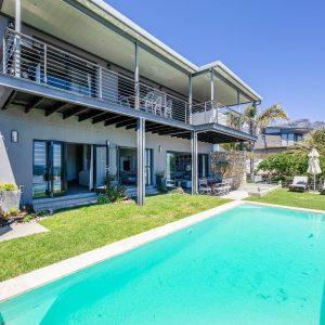Kaplan House - Swimming pool