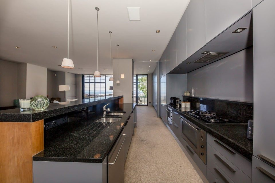 Loader Penthouse - Kitchen