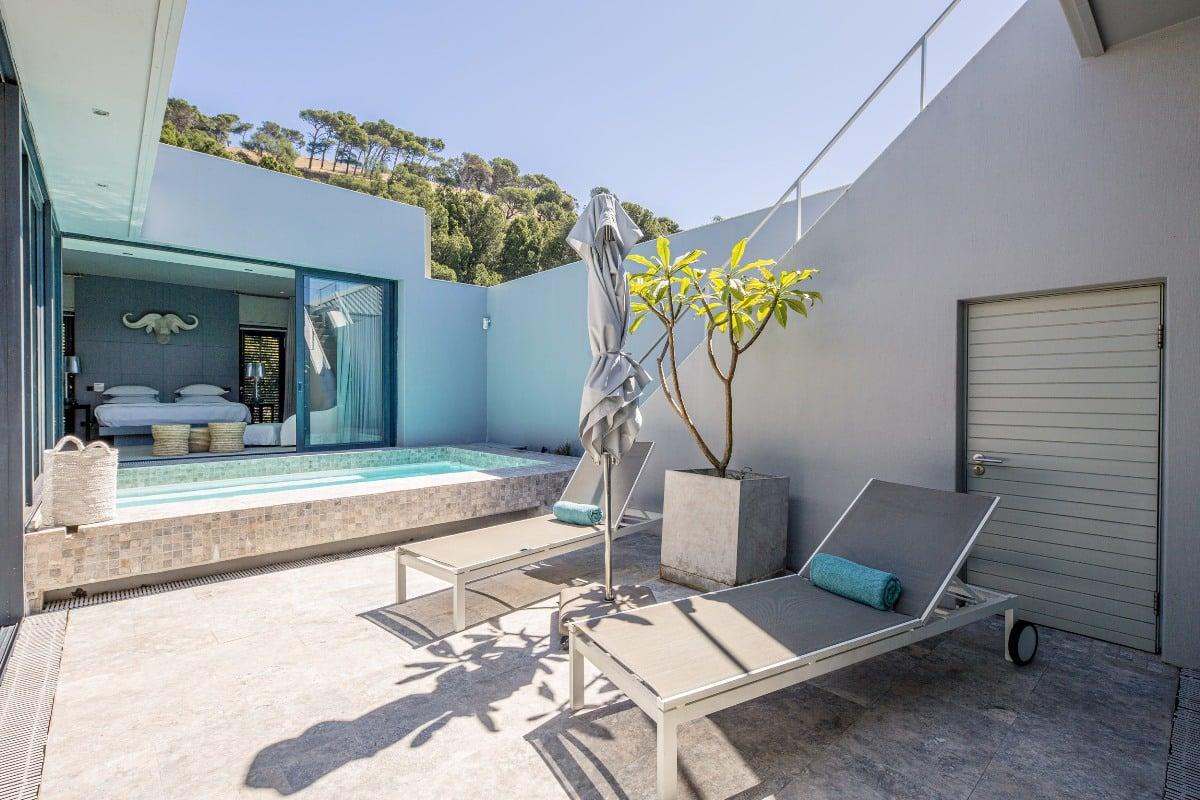 Loader Penthouse - Pool area