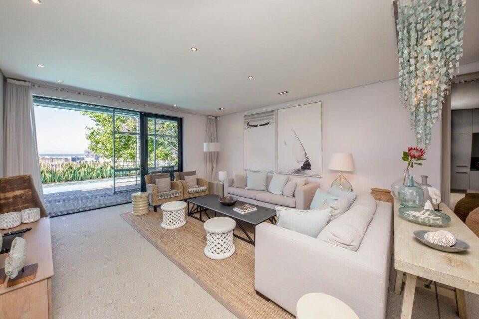 Loader Villa - Living room