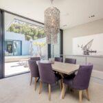 Loader Villa - Open plan dining