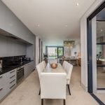 Loader Villa - Open plan kitchen