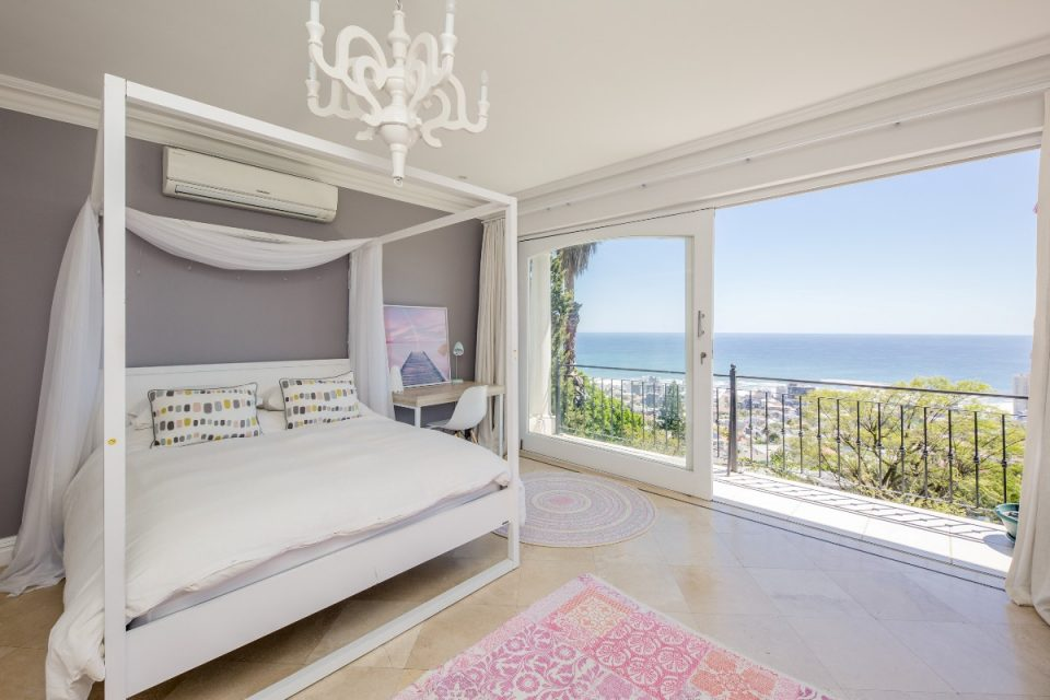 Secret Tranquility - Fourth bedroom with views