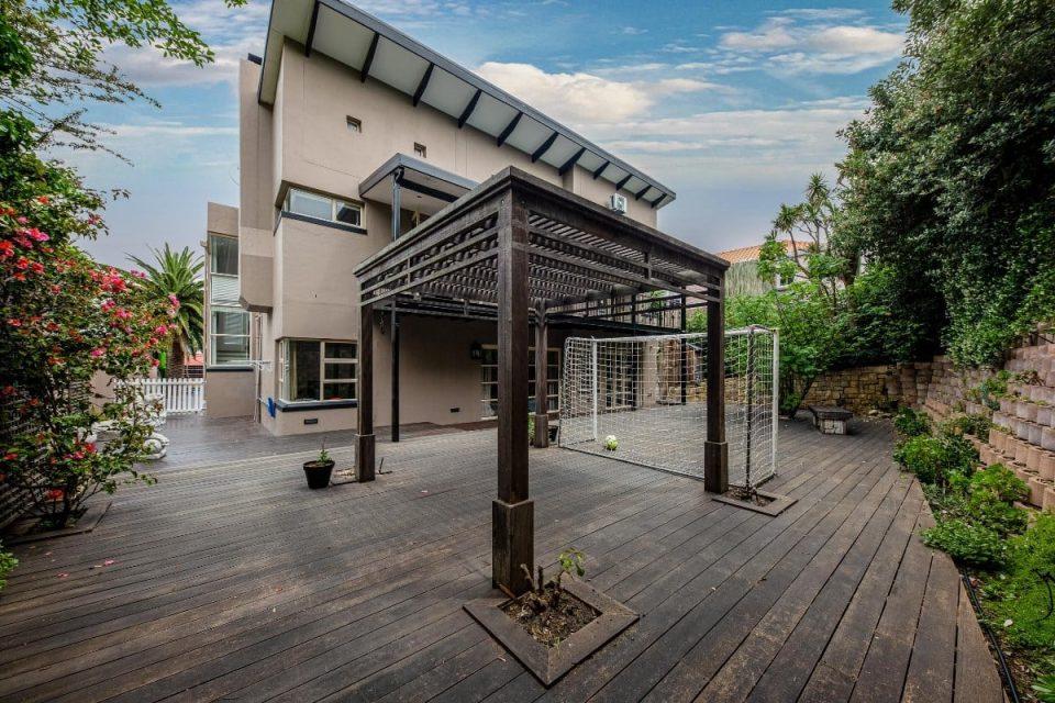 The Grange - Courtyard