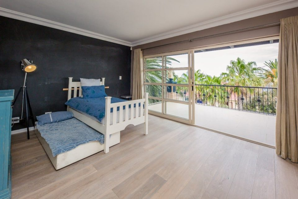 The Grange - Second bedroom