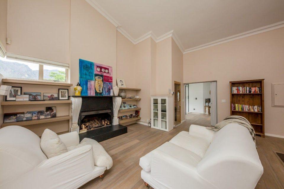 The Grange - Upstairs lounge