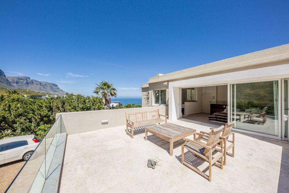 Theresa Views Villa - Seating and views