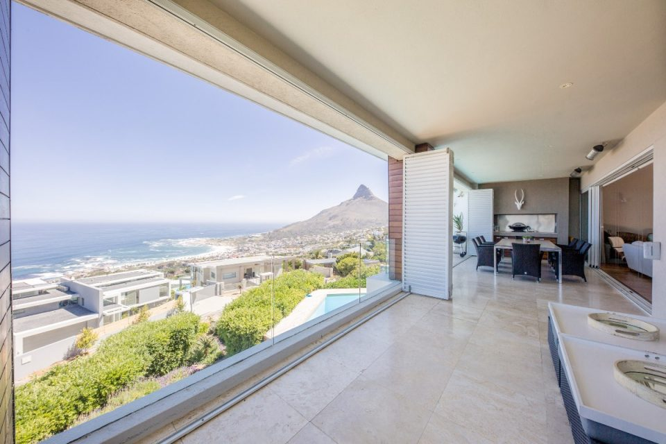 Theresa Views Villa - Balcony