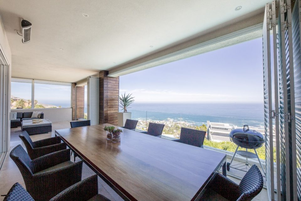 Theresa Views Villa - Outdoor dining