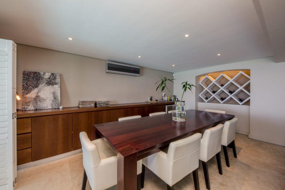 Theresa Views Villa - Downstairs dining