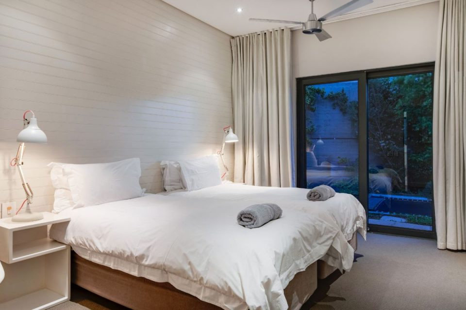 Eames Villa - Bedroom 2