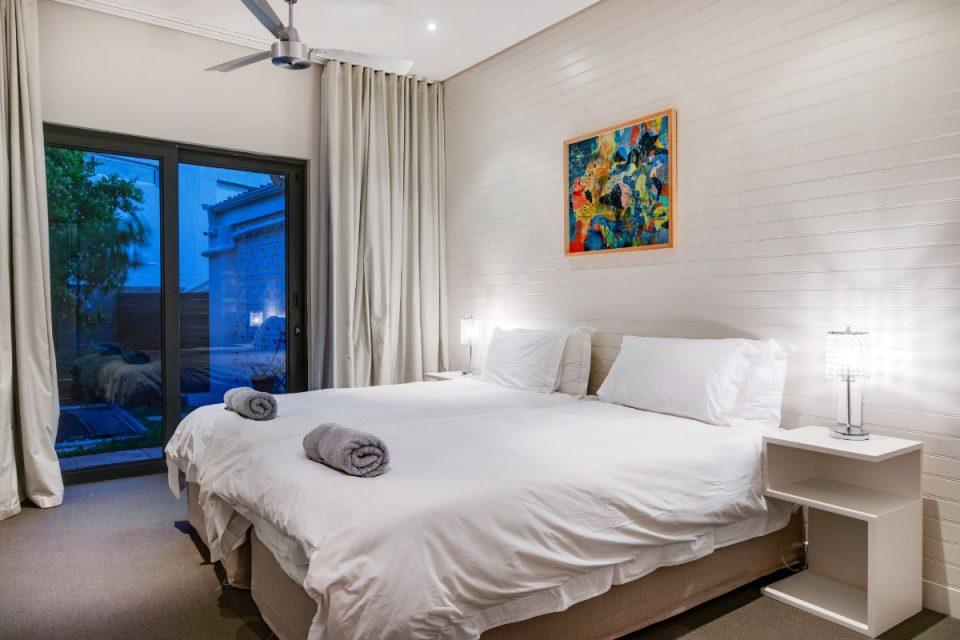 Eames Villa - Bedroom 3