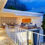 Eames Villa - Outdoor Lounge