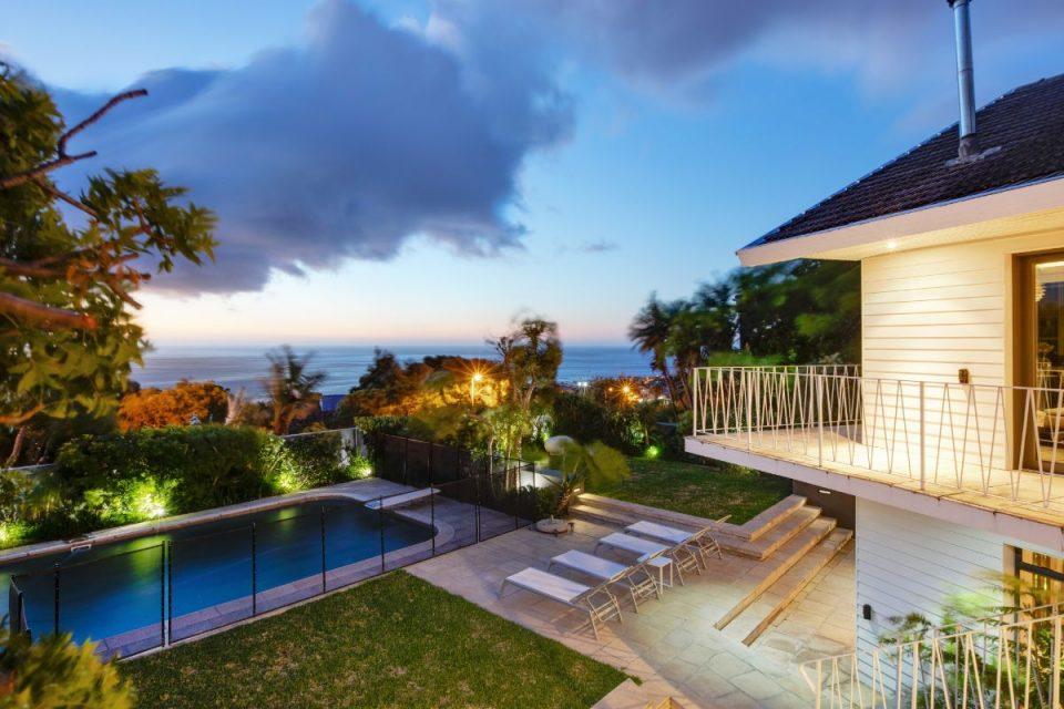 Eames Villa - Views