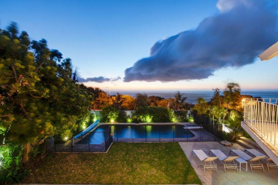 Eames Villa - Pool & Views