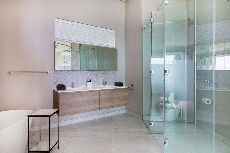 Fulham House - Bathroom
