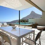 Medburn Views Penthouse - Outdoor Eating