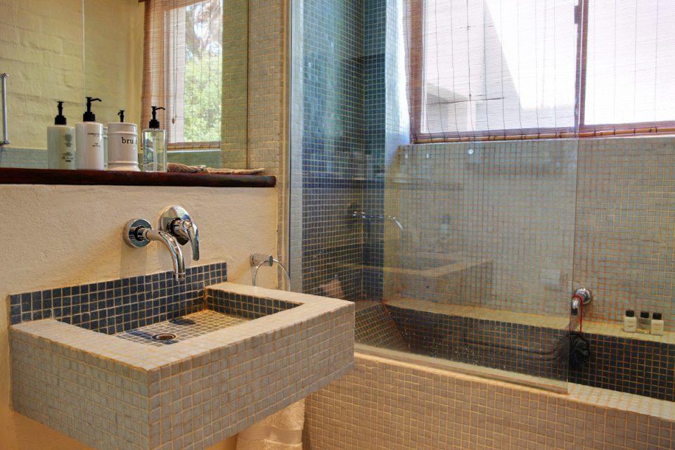 Oudekraal Lodge - Bathroom