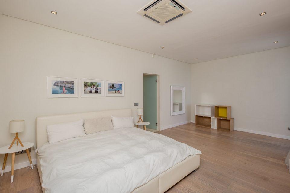 Top Views - Second bedroom