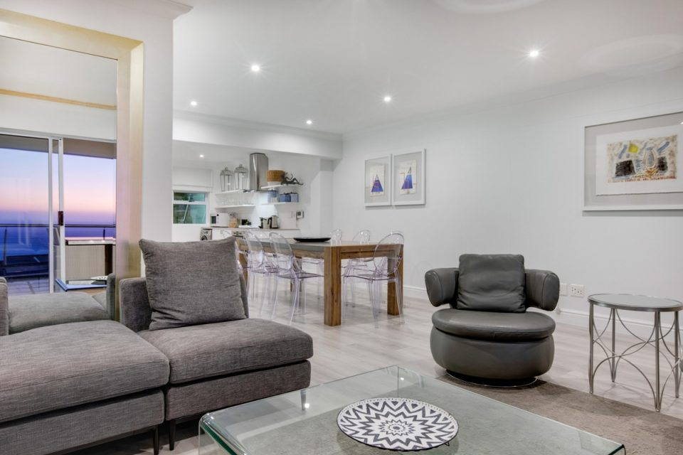 Alpha on the Bay - Open plan living