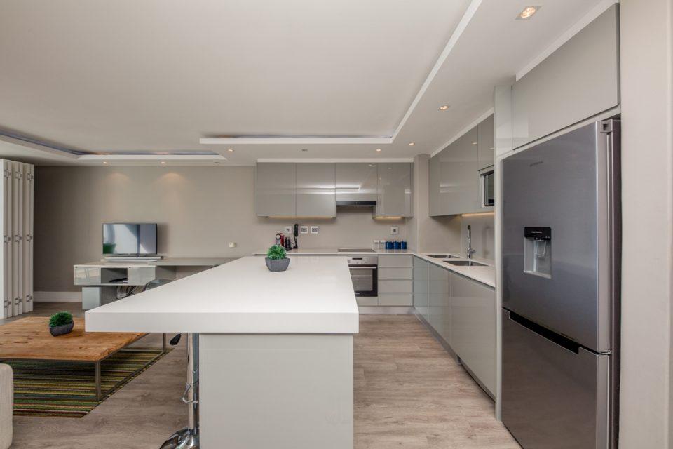 Hideaway - Kitchen