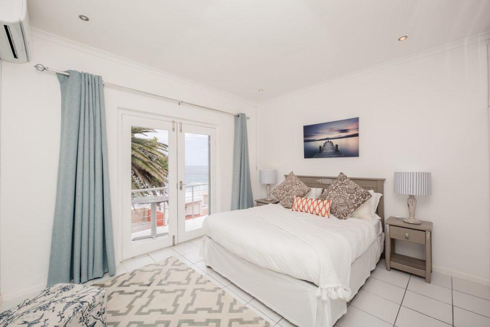 Indigo Bay - The Bay - Master bedroom