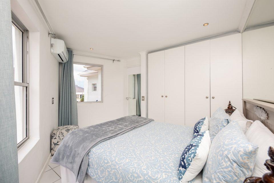 Indigo Bay - The Bay - Second bedroom