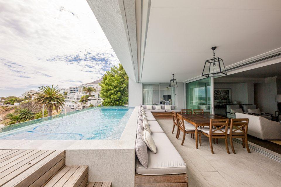 Caliche - Balcony & Swimming pool