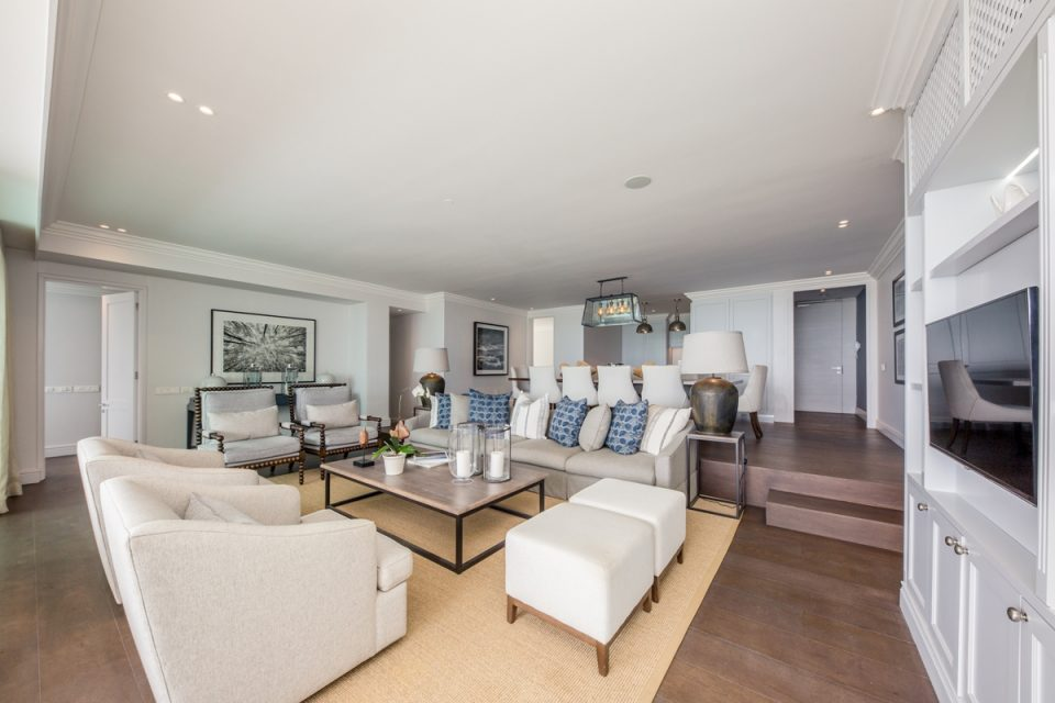 Caliche - Living room